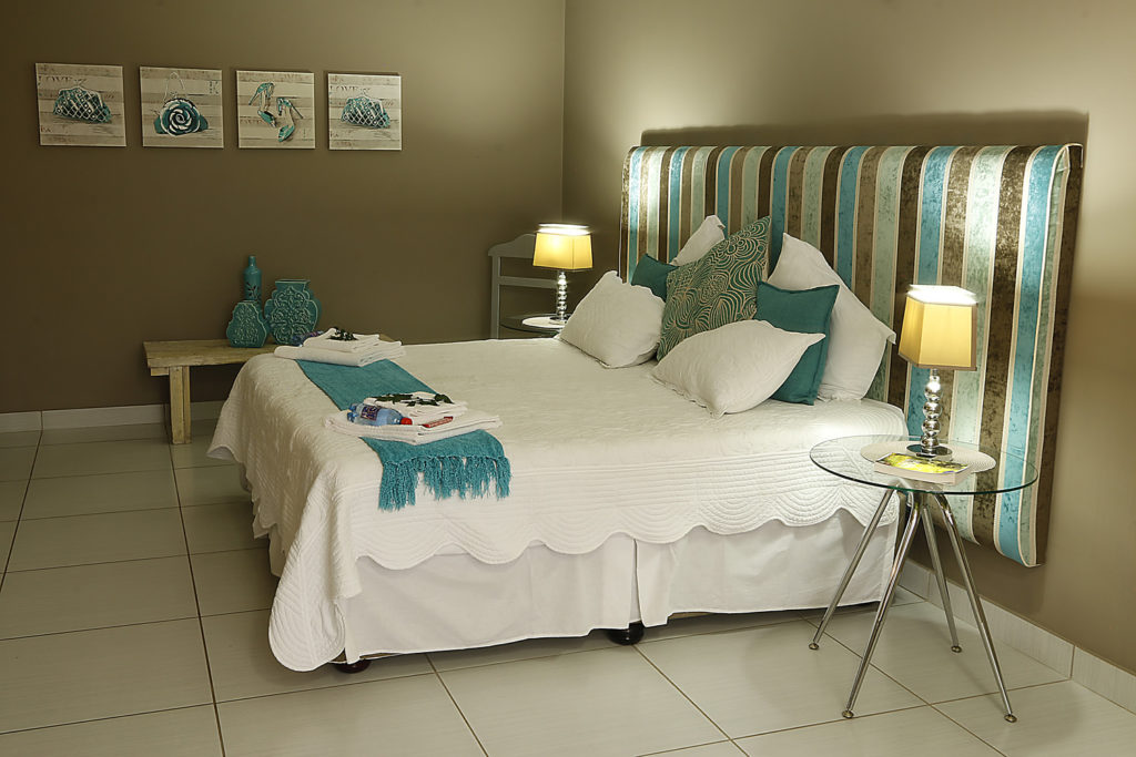 Déjà View Exclusive Guest House in Nelspruit, Mpumalanga - 4 star bed and breakfast accommodation
